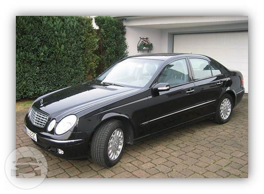 MERCEDES E-CLASS Sedan  / Perth, WA   / Hourly AUD$ 0.00