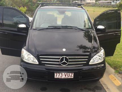 MERCEDES VIANO Limo  / Ashmore, QLD   / Hourly AUD$ 0.00