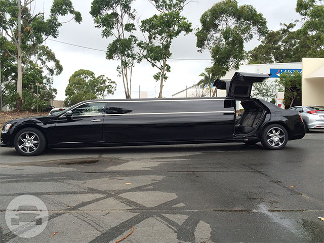 Stretch Chrysler Limo  / Gold Coast QLD, Australia   / Hourly AUD$ 0.00