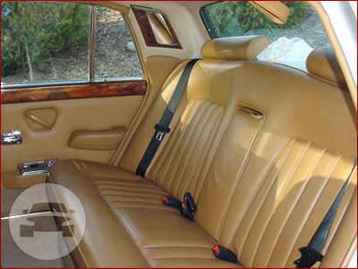 1976 Rolls Royce Silver Shadow Sedan  / Weetangera, ACT   / Hourly AUD$ 0.00