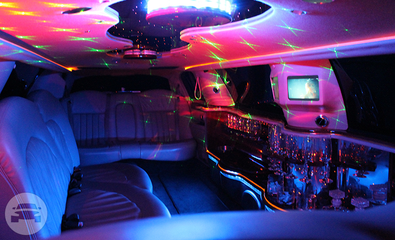 Lincoln Limousines Limo  / Perth WA 6000, Australia   / Hourly AUD$ 200.00