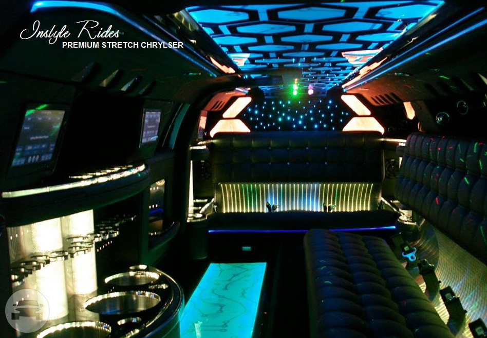 Chrysler 300C Stretch Limousine Limo  / Gatton QLD 4343, Australia   / Hourly AUD$ 330.00