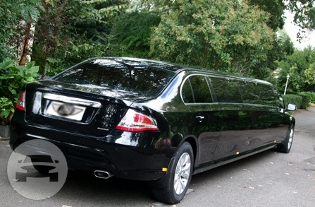 Ford Dark knight Limo / Mornington VIC 3931, Australia   / Hourly AUD$ 550.00