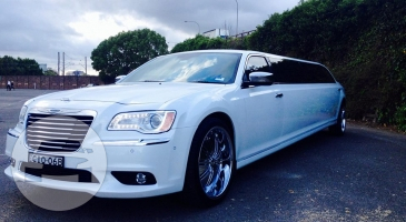 Chrysler 300C Stretch Limo  / Canberra ACT 2601, Australia   / Hourly AUD$ 0.00