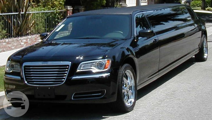 Stretch Chrysler Limo  / Surfers Paradise, QLD   / Hourly AUD$ 0.00